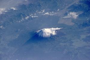 Mt_Fuji_ESC_large_ISS002_ISS002-E-6971_3060x2035